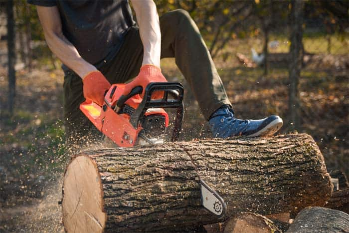 What-is-Chainsaw-Kickback